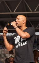 Common speaks to the city about love and forgiveness.